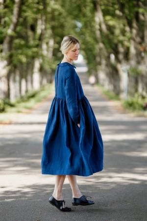 Laelia Dress, Long sleeves, Iris Blue, son de flor (1 igjen i str S)