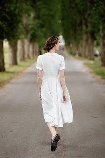 Classic dress, short sleeve Symphony White