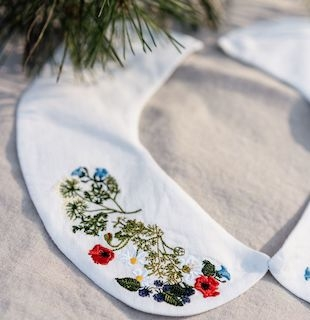 """Peter Pan Collar Large, Garden Embroidery"" hvit løskrage i lin, son de flor"